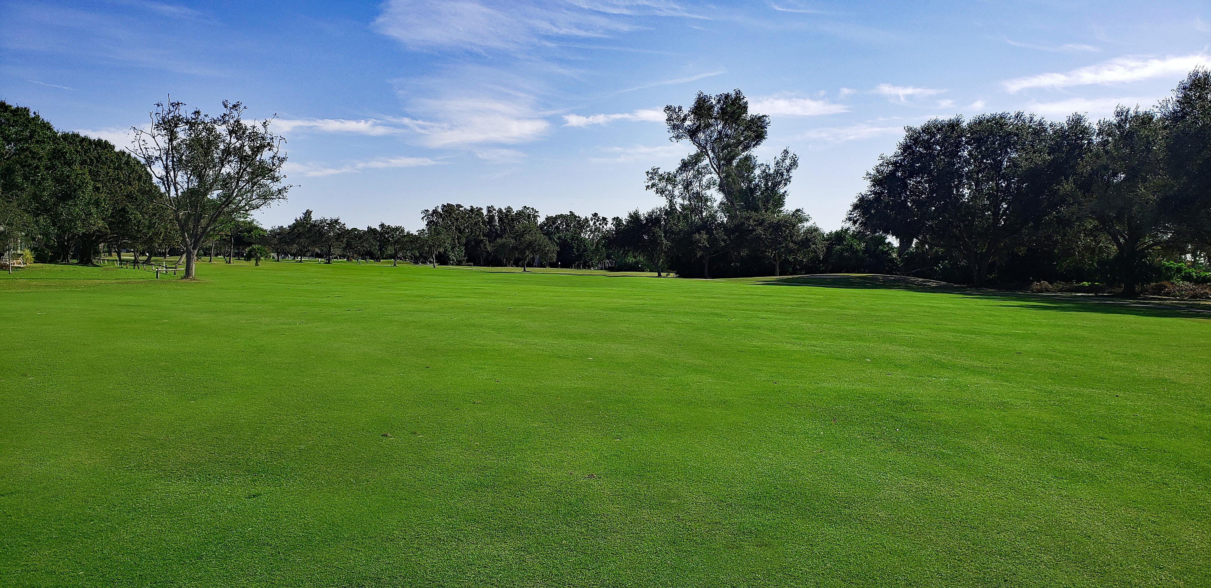Seminole Lake Country Club3